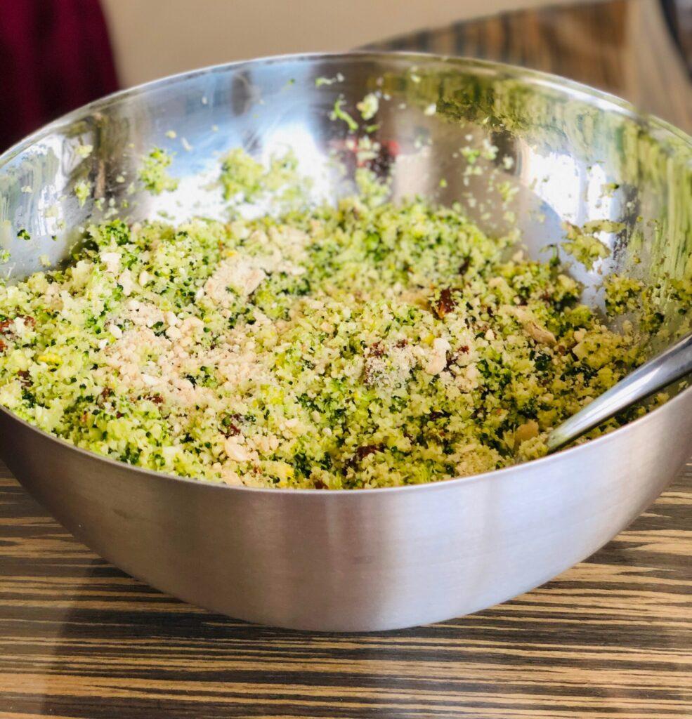 brokkoli-salat-roh
